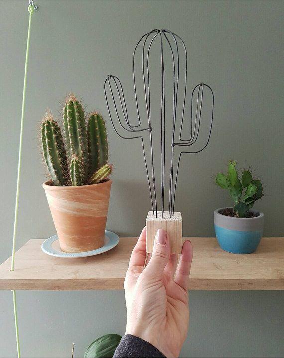 Cactus en fil de fer et bois naturel par 123PtitsPois sur Etsy