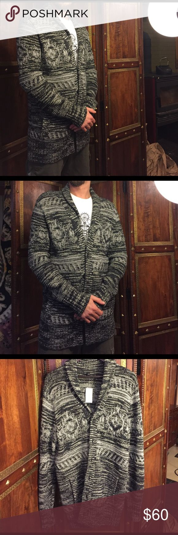 Banana Republic Men's Shawl Cardigan Banana Republic Men's Shawl Cardigan. Like new with tags. Never worn. Very comfy and stylish. Cotton poly blend. Size medium but fits like large. Banana Republic Sweaters Cardigan