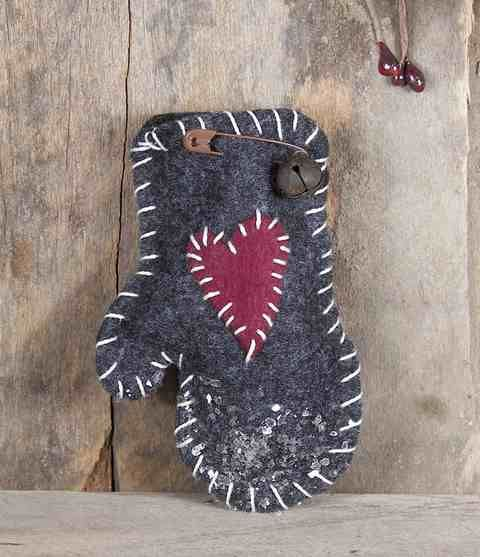 Tattered Sisters Primitives...link at top of blog with  a lot of sites for primitive crafting supplies!!!  LOVE!!!!