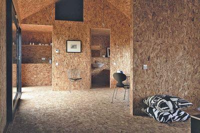 Maison en bois OSB, intérieur en laméllé