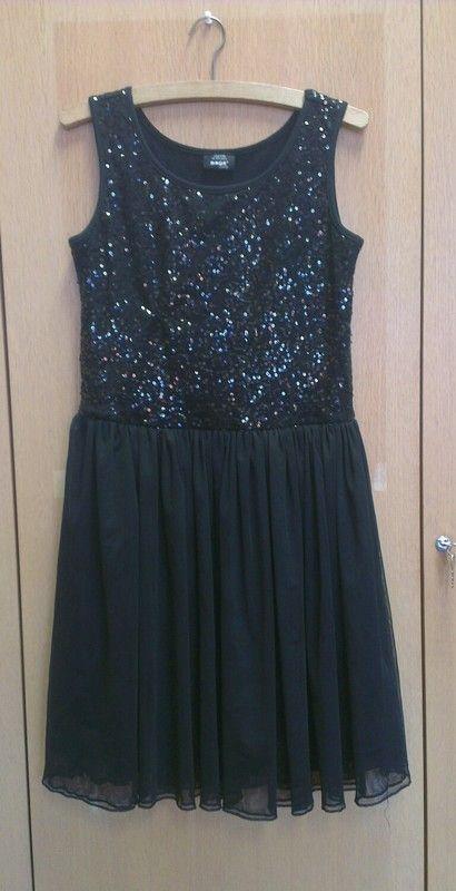 Černé šaty s flitry