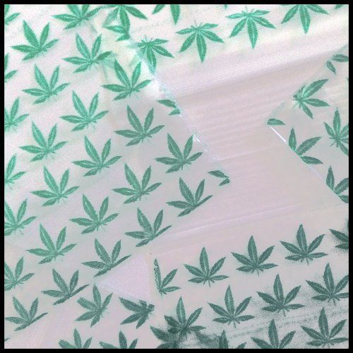 2020 Apple Mini Ziplock Baggies Green Leaf Design 100 Bags 2 X 2 by Apple. $3.99. Product Features: - Recyclable and waterproof - Available in a large variety of colors, sizes, shapes and styles - 2 - 2.5 mil thick - Polyethylene - 100 bags per pack - FDA and USDA approved for food service - Bags are sealed at both sized, folded at bottom and possess a clear and reclosable zipper style top - Original Apple brand mini ziplock baggies are ideal for applicatio...