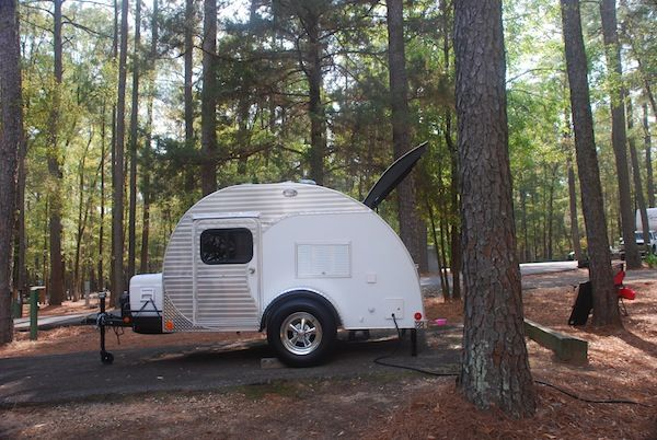 teardrop camper sent by sandy   Travel Trailer You Can Tow with a 4 cylinder: Texs Teardrop Camper