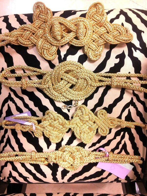 Cinturones oro by Adela Marin