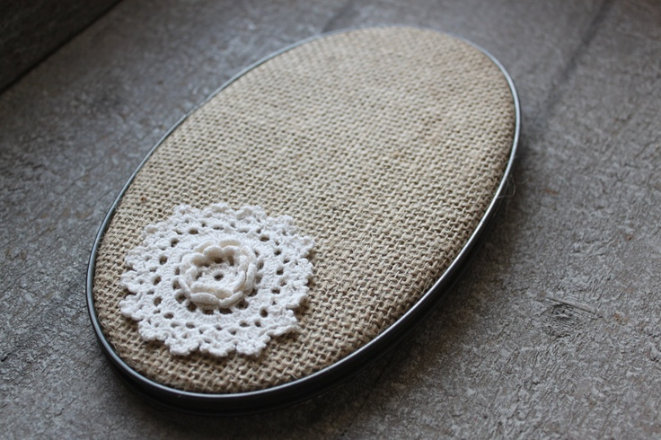 Rustic chic lace doily burlap embroidery hoop wall decor