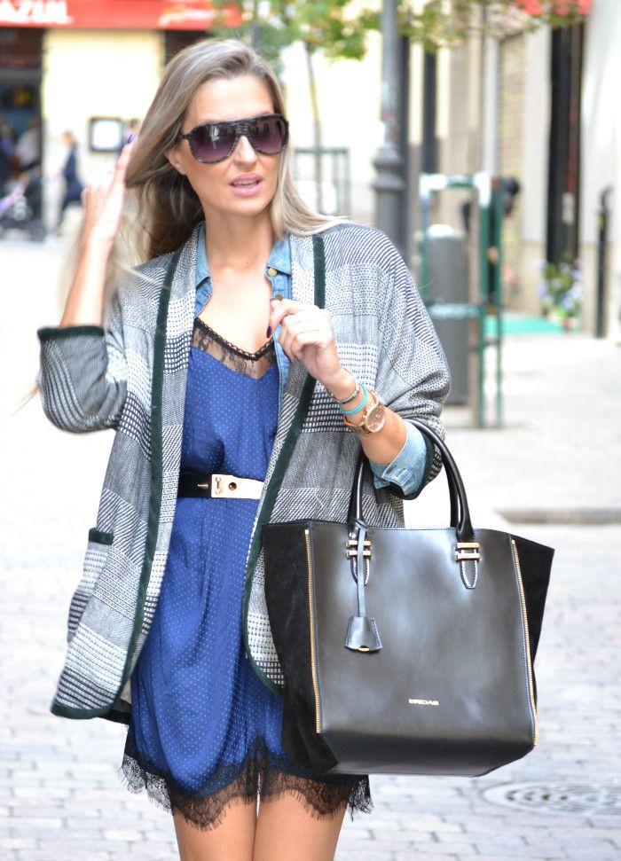 Look lencero de @bymyheels con bolso de piel y ante de #bridas by Clenapal