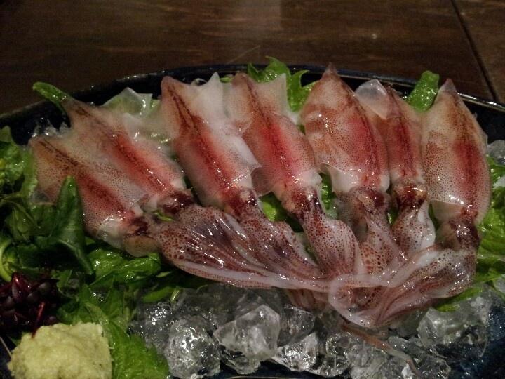 ひょうたん JR甲子園口5分 魚介類が新鮮 この写真は、ホタルイカの刺身