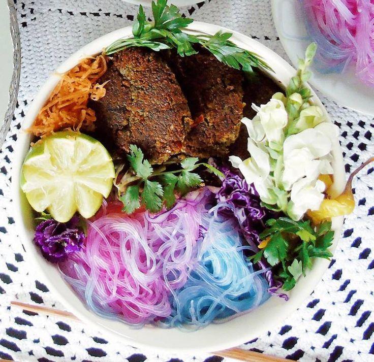 Inilah Cara Mudah Membuat Mie Unicorn yang Sehat > Kuliner | club.iyaa.com