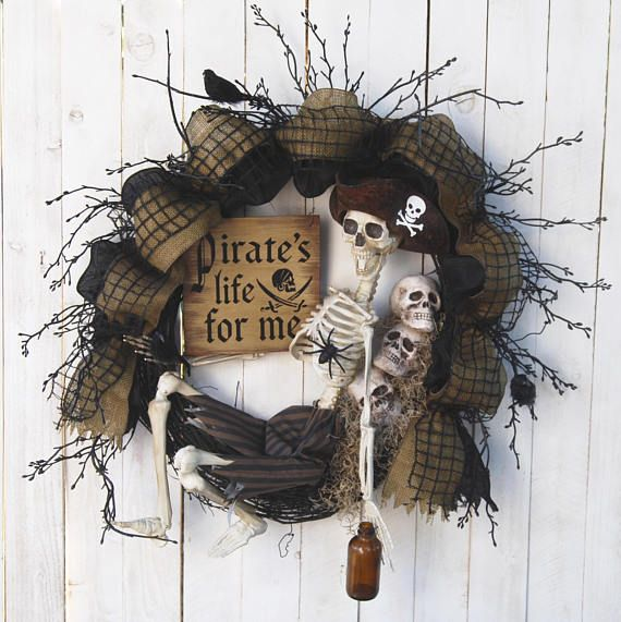 28 in Halloween wreaths Pirate Skeleton Wreath Pirate's