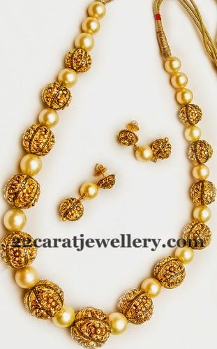 Jewellery Designs: Filigree Work South Pearls Set
