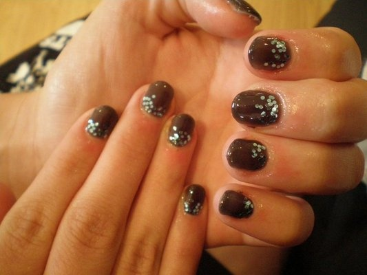 calgel manicure from bisou nail lounge - black with glitter