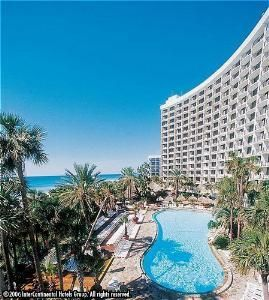 Our Favorite Hotel Stay In Panama City Beach Fl The Holiday Inn Resort