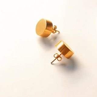 Small gold dot studs by Superlittlecute on Etsy