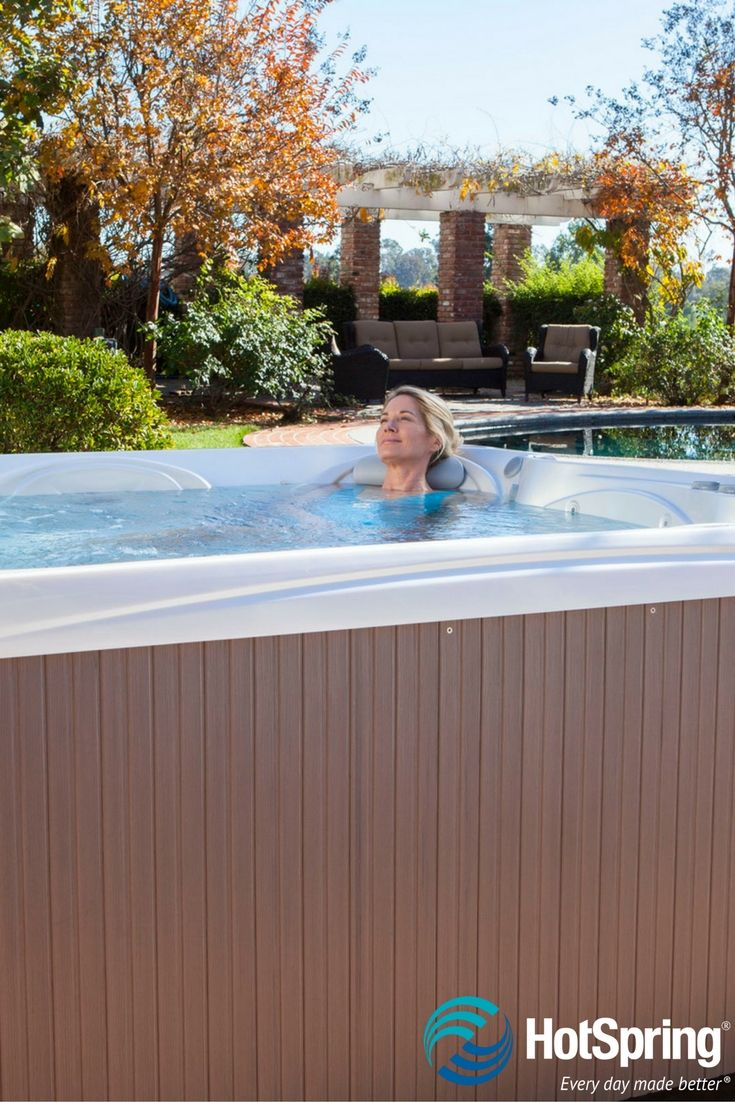 me hot seasonal jacuzzi de dealers for dealer solutions et xx spas tub large luxu tubs retreat woolacombe spa swim near avec aki houses rent policy stainless lewes in lakeside steel