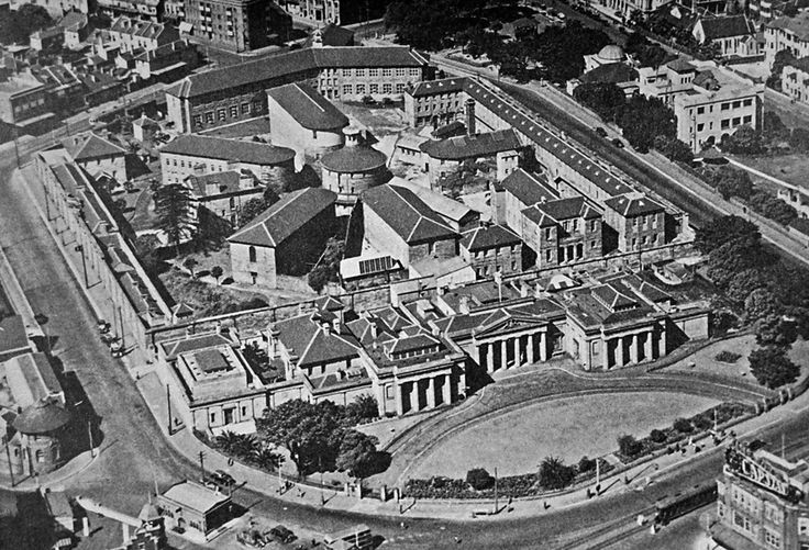 East Sydney Technical College in 1936.A♥W