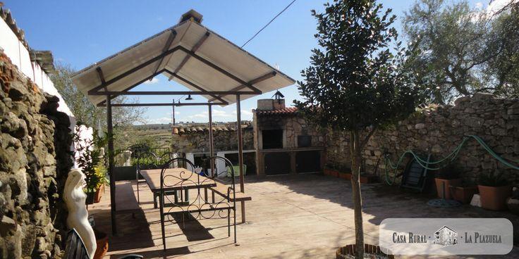 Patio exterior Casa Rural La Plazuela en Salamanca