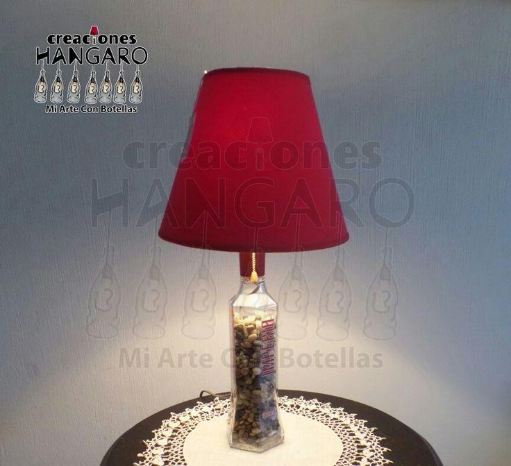 #CreacionesHangaro  #Lampara de mesa de noche  #Vidrio #Hangaro