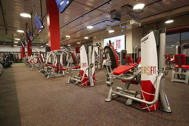 New Featured Install At 49ers Fit In San Jose California Usa This Is One Of Many Nfl Fit Gyms To Come With The Best Equipment B Hoist Fitness Gym Hoist