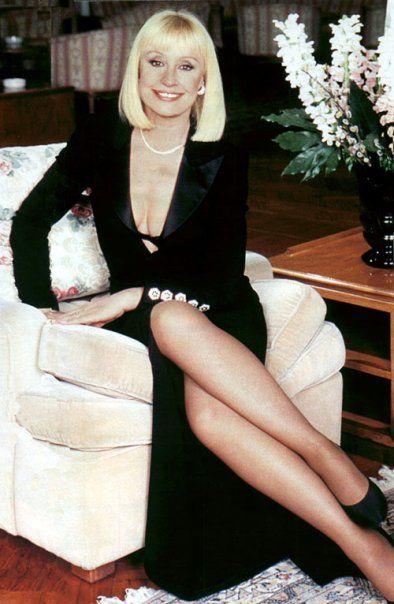 Raffaella Carrà Sanremo 2001