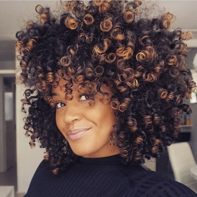 Curl crushing on hennalice Gorgeous color curlygirl teamnatural bighair voiceofhair ✂️========================== Go to VoiceOfHair.com ========================= Find hairstyles and hair tips! =========================