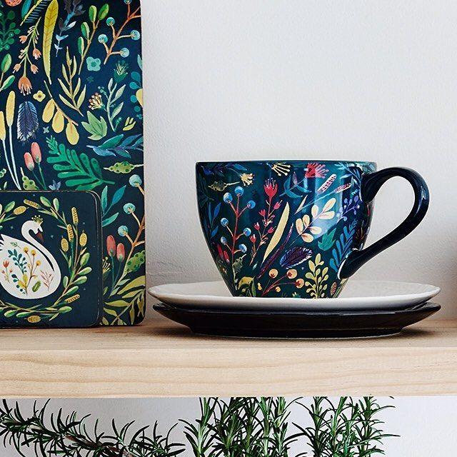 Soup season is upon us! So warm your mitts around a MOZI soup mug.