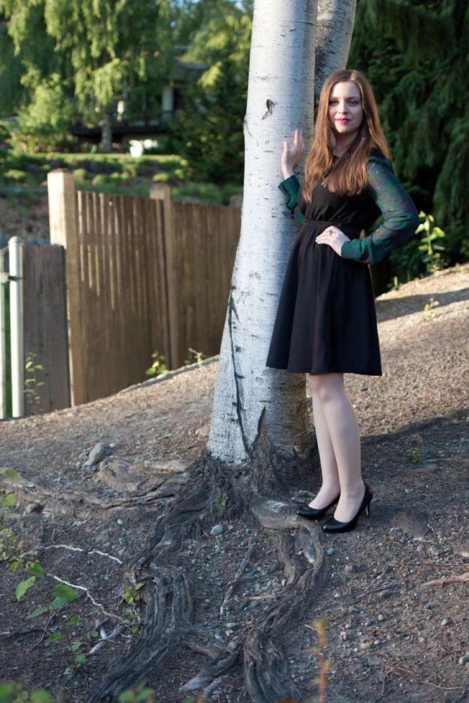 black-midi-skirt-for-petite-figure.jpg (667×1000)