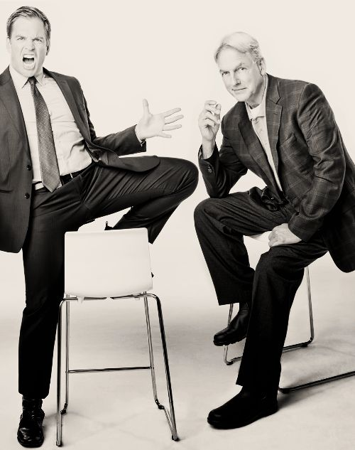 I love these two Jethro Gibbs (Mark Harmon) Anthony DiNozzo (Michael Weatherly) #ncis