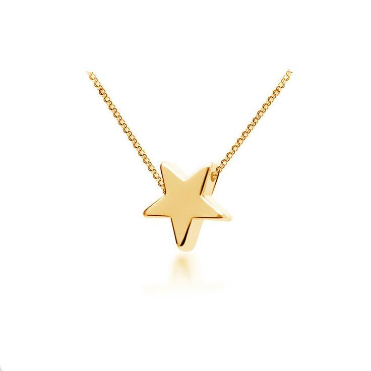 Collier tendance 2015. Collier orné d'un pendentif étoile plaqué or monté sur une chaîne plaqué or 14k de 50cm + 5 cm extension.