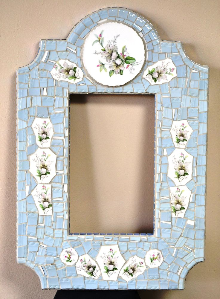 68cm x 47cm pique assiette china mosaic mirror. This was made with broken china from one dinner service. SOLD