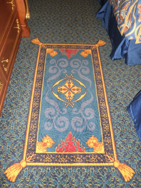 A rug within the rug...it looks almost real!Disney Resorts, Prayer Rugs, Orleans Riverside, Mouse House, Disney House, Port Orleans, Magic Carpets, Disney Bound, Riverside Resorts