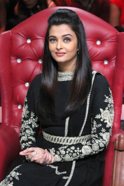 Aishwarya Rai at Dance India Dance Set for Jazbaa Promotions