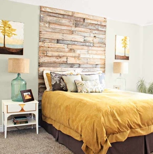 Pallet headboard............ maybe?