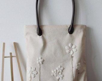 https://www.etsy.com/nl/listing/243729248/handmade-shabby-chic-cotton-wedding-bag?ref=related-1
