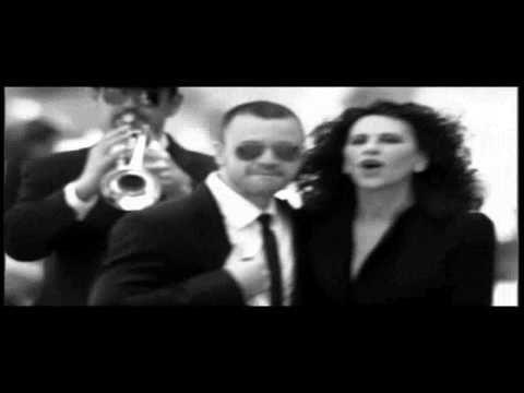 Ελευθερία Αρβανιτάκη - Δε Μιλώ Για Μια Νύχτα Εγώ