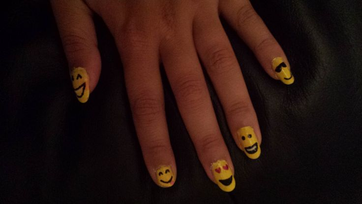 Smiley nails :D