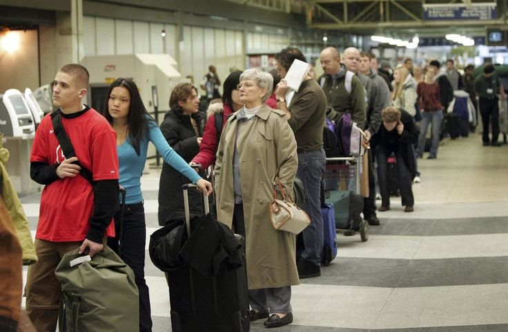 Airport delays to rise 44-fold by 2030, ministers warned - Telegraph.co.uk