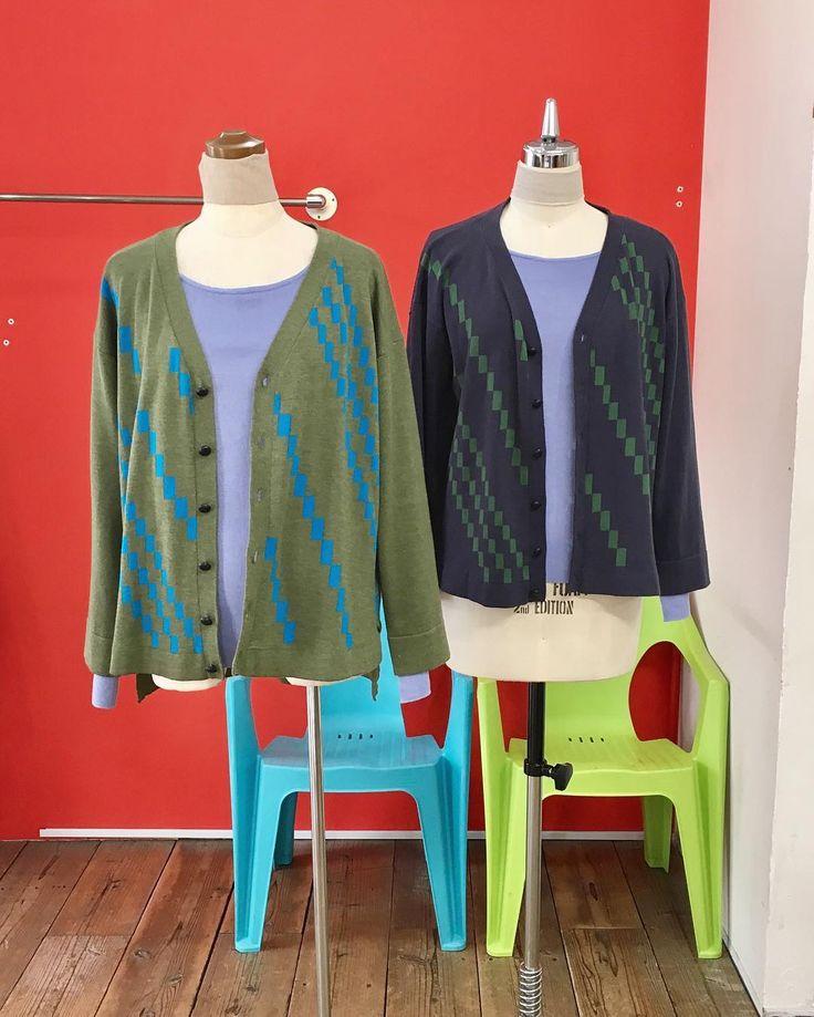 カラーを変えてみるとイメージも変わる#2017fashion #springfashion #coordinate #todayslook #knitwear #tokyo #japan #urbanchics #urbanstyle #アラフィフ #アラフィフコーデ #アラフォー #アラフォーコーデ #東京#調布市 #国領 #アーバンチックス #ニットブランド #市松模様#カーディガン