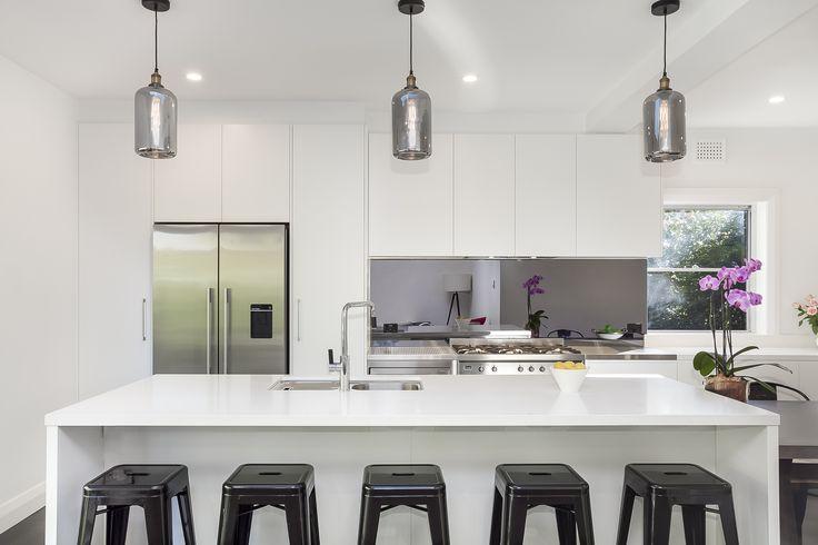 White Island Counter Kitchen