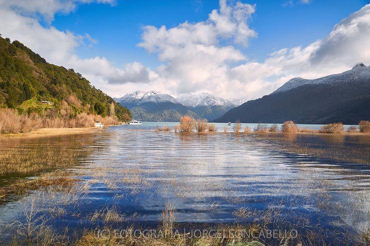 https://flic.kr/p/zq3kPy | Perspectiva divina- Lago Todos Los Santos (Patagonia - Chile) |