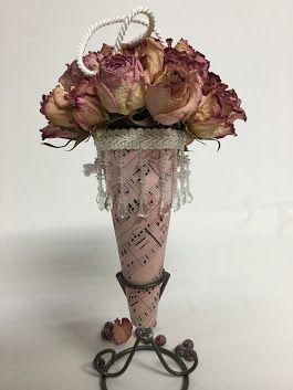 #roses #driedroses #cornucopia #sandrafoster