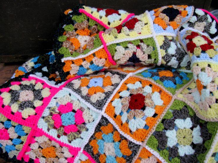 crochet blanket crochet throw vintage blanket big bang theory 1970s decor granny chic. Black Bedroom Furniture Sets. Home Design Ideas