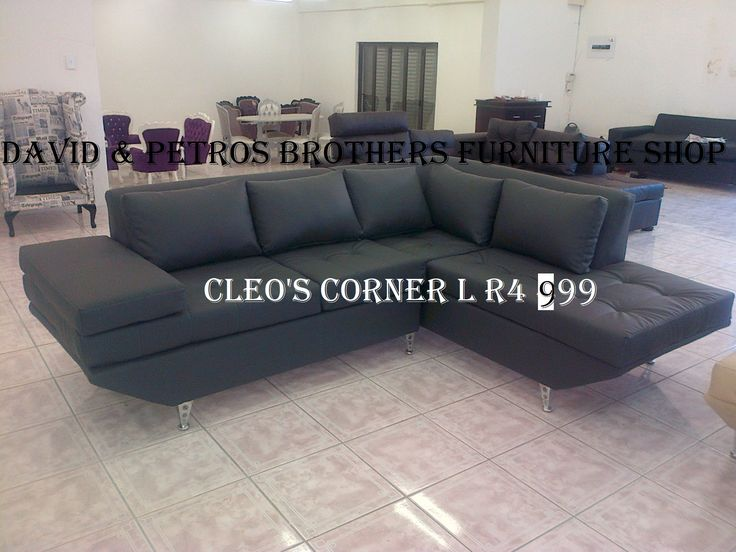 Brand new Elizabert corner l It comes with all colours R4 999