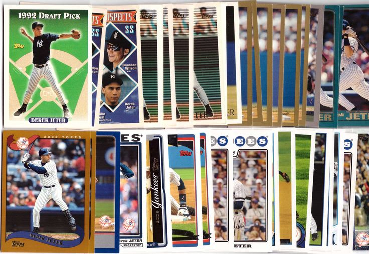 (44) Topps Derek Jeter Base Card Lot 1993 - 2015 w/ Rookie Card - Yankees