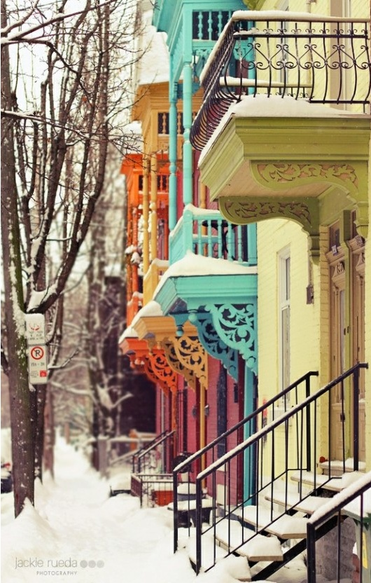 snowy streets...gorgeous colours...