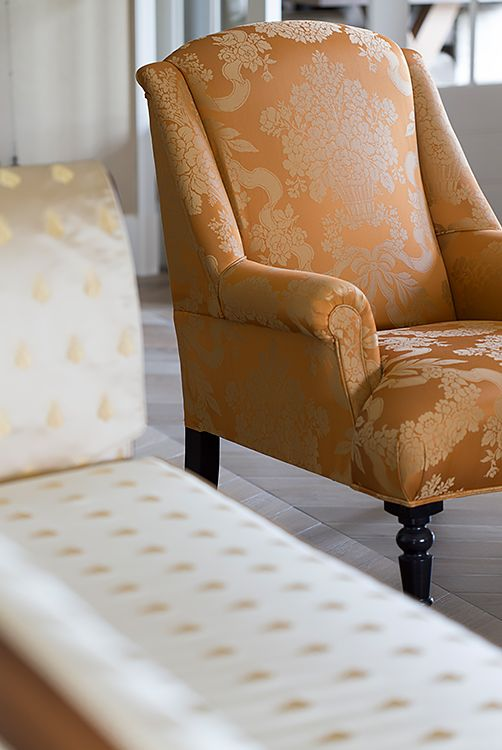 Zoffany fauteuil, stoffering Rubelli - Doornebal Interiors
