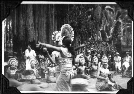 Balinese dance performance for the Dandré-Levitoff Russian Ballet, 1934. Personal Archive, Anna Northcote (Severskaya), Private Collection
