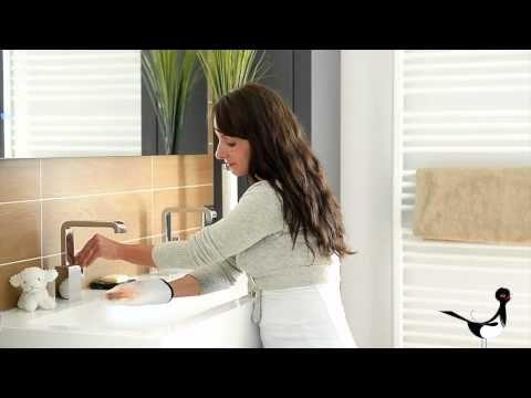 Gant démaquillant Lapiglove - YouTube
