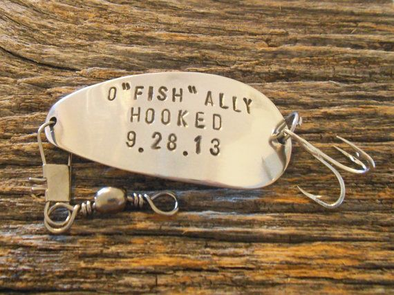 OFishally Hooked on You Fishing Lure with Wedding Date Men Gift for Man Anniversary Boyfriend Girlfr