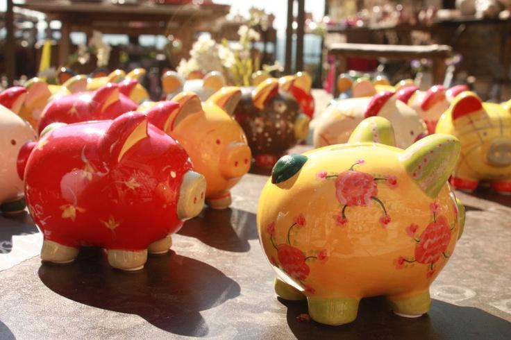 herd of piggybanks