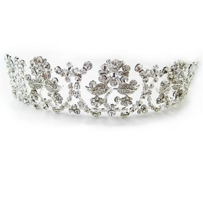 Fit for a Princess on her special day this classic tall wedding tiara is made with Austrian cut diamantes on a silver headband. £152